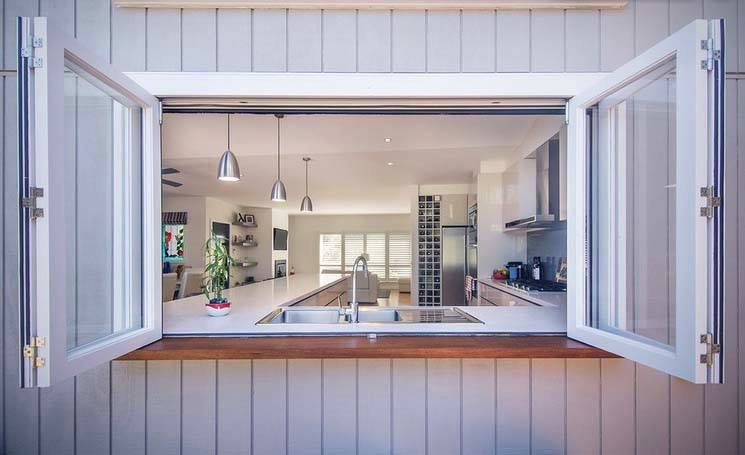Servery Windows from Facelift Window and Door Replacements