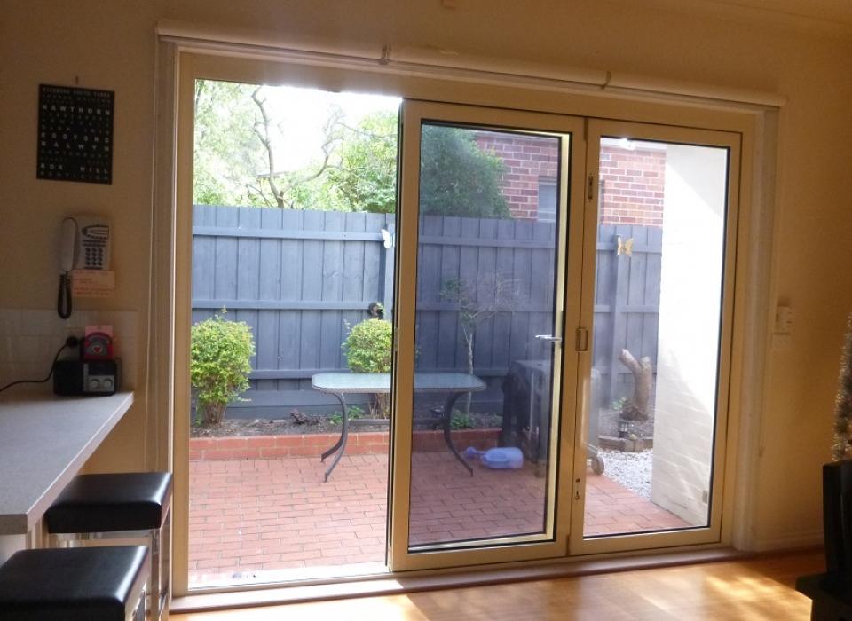 Bifold Doors in Melbourne | Facelift Windows | Aluminium & Timber on